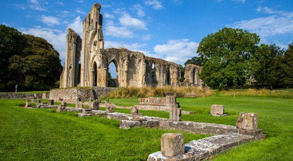 Ruines-de-lAabbaye-de-Glastonbury