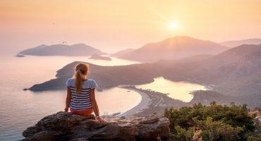 Voyager en solo : avantages et inconvénients
