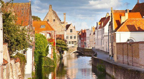 Bruges Belgique shutterstock