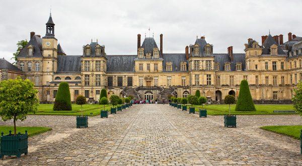 Château de Fontainbleau Paris iStock 600x330