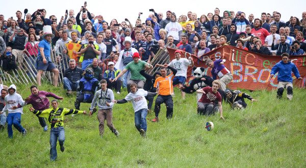 Festival Cheese Rolling Angleterre iStock