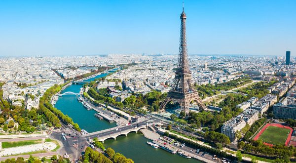 Tour Eiffel vu d'en haut Paris iStock 600x330