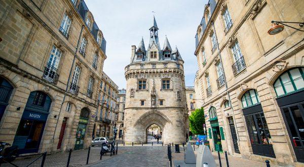 Porte Cailhau, Cailhau Gate, Bordeaux, France iStock