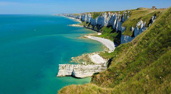 Côte d'Albatre Normandie iStock