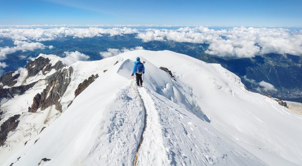 Randonnée-Mont-Blanc-iStock