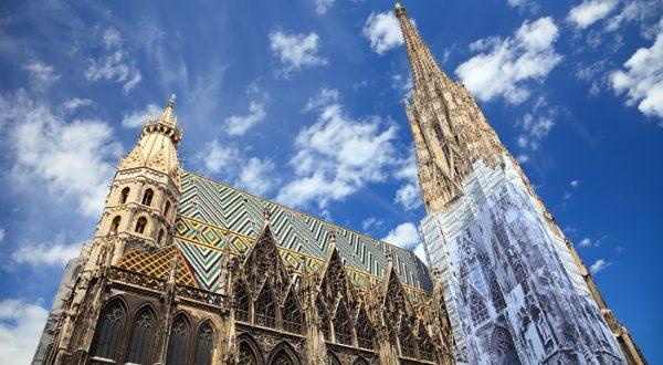 Stephansdom catedral Vienne iStock