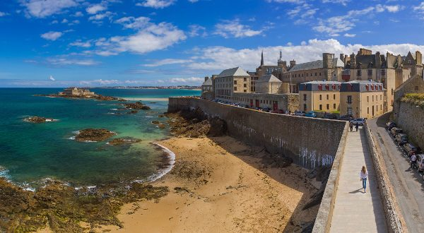 Saint-Malo - Bretagne France - travel and architecture background