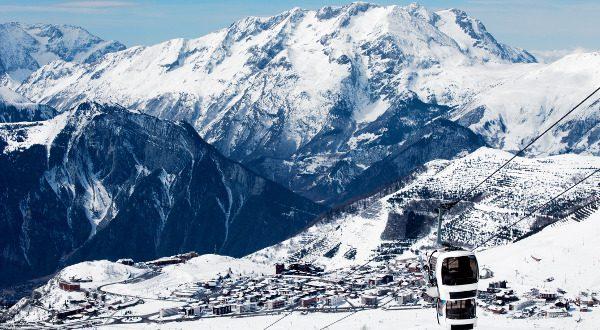 Alpes d'Huez France iStock