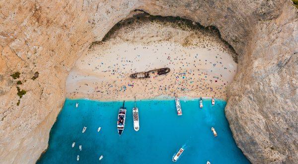 plage de Navágio Grèce iStock