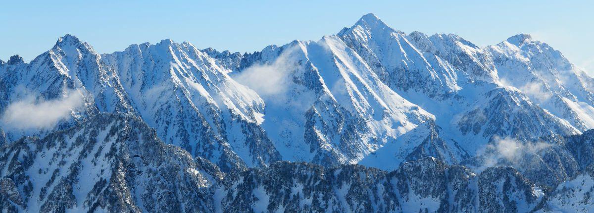 station de ski des Cauterets Pyrénées iStock - header