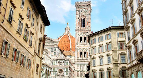 Campanile de Giotto Shutterstock