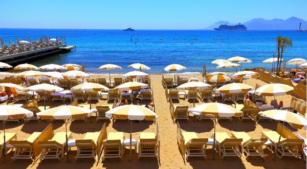 Plage Cannes Shutterstock