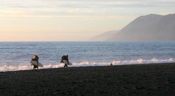 plage-de-Lost-Coast-en-Californie-iStock