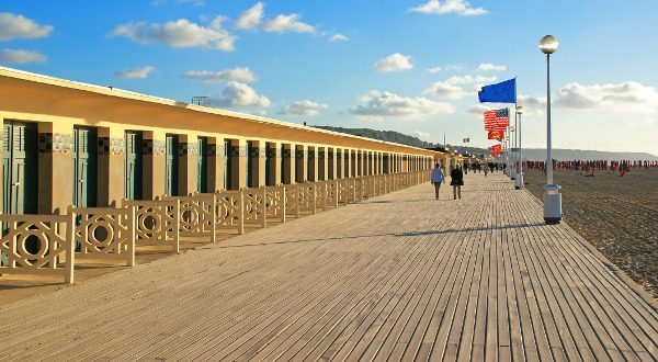 Les-planches-de-Deauville-iStock