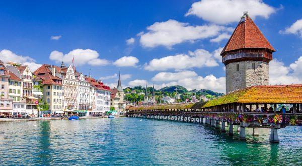 Pont de la Chapelle Lucerne Suisse iStock