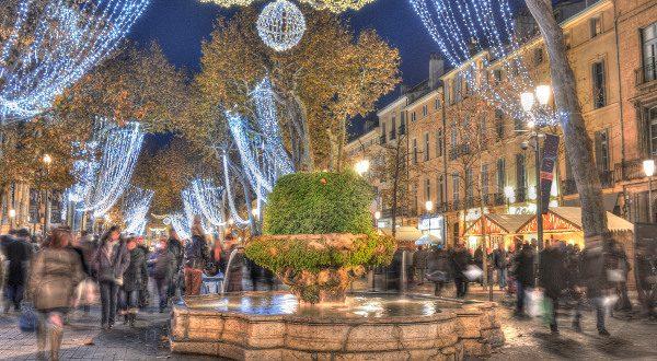 Aix en Provence de nuit iStock