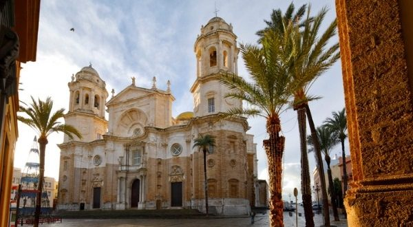 cathédrale Cadix Shutterstock