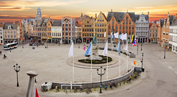 Grand place Bruges iStock